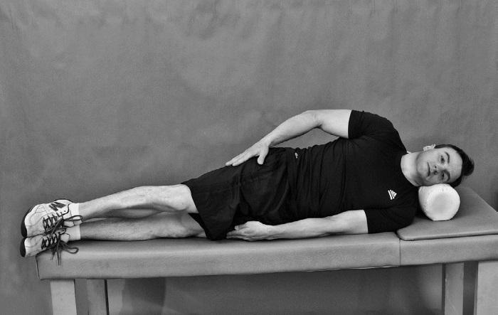 боли в тазобедренных суставах когда поднимаешь ноги в положении лежа